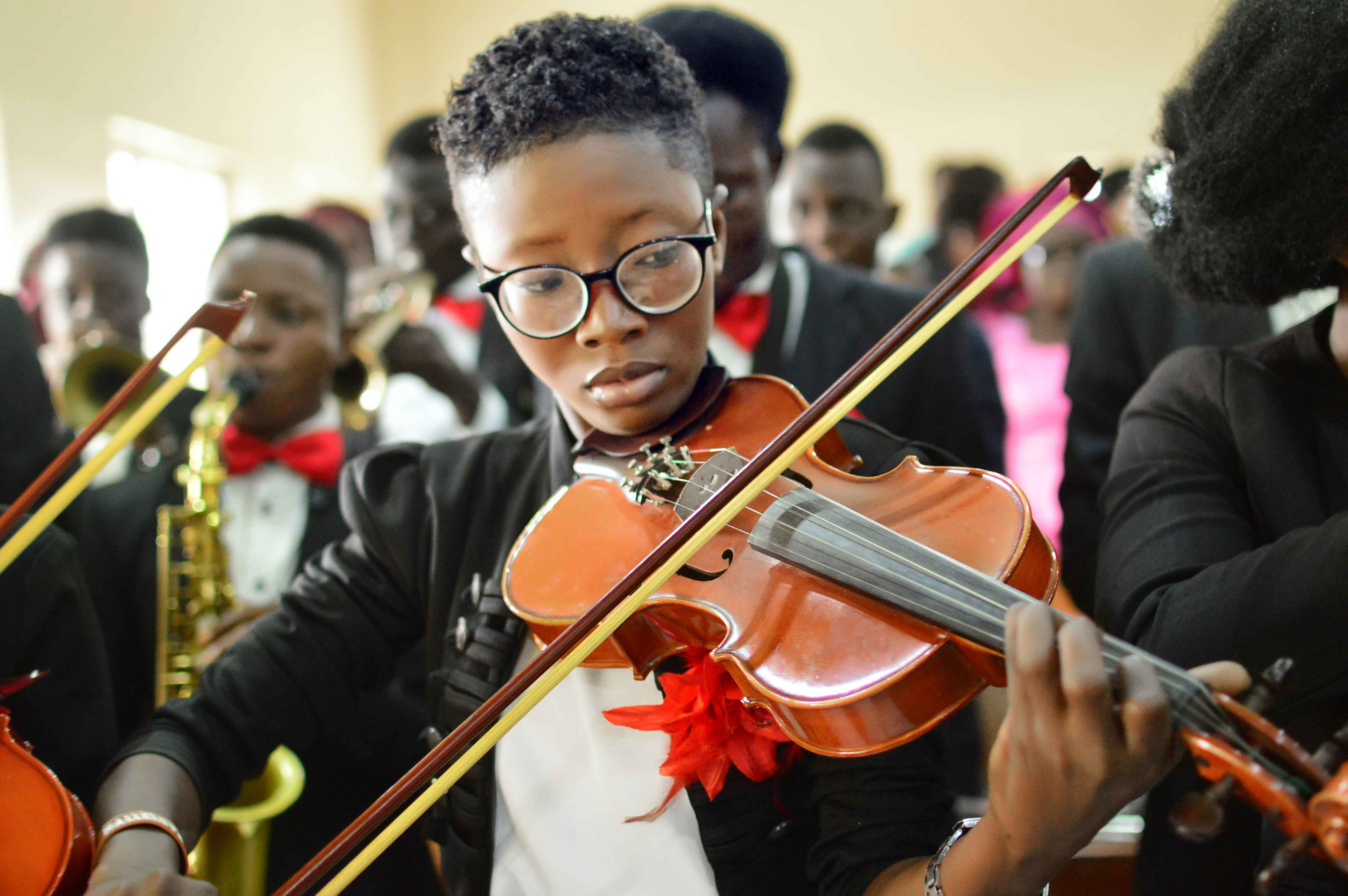 Bowens Violinist